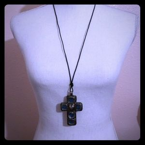 Accessories - Necklace Cross
